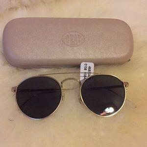 Brand new Aviator sunglasses